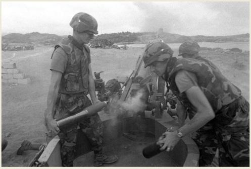 invasión de Granada 1983-obús M102-105mm