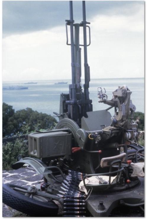 ZU-23 2 invasión de Granada 1983.jpg2