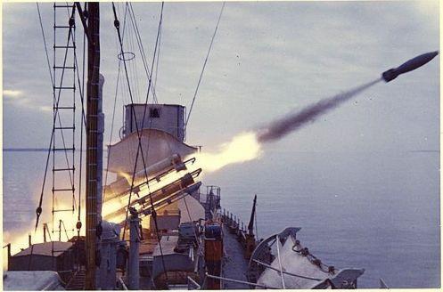 antisubmarino Bofors 375mm (6)