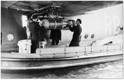carga de profundidad británica 3