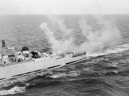 HMS_Grenville_(F197)_fires_Limbo_Mk_10_mortar