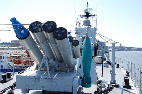 HMS_Smaland,_anti-submarine_weapons