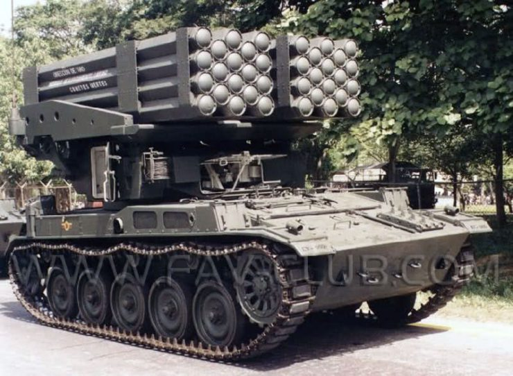 AMX-13 LAR-160 (2)