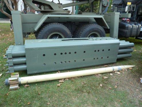 lanzacohetes múltiple CP- 30 (11)