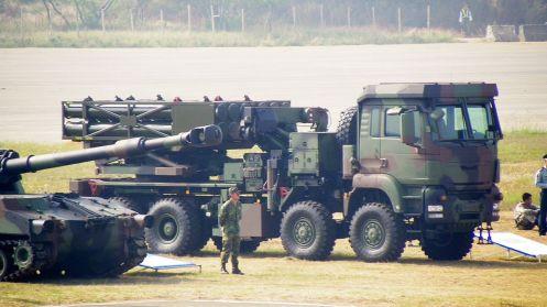 Thunderbolt_2000_MLRS_ (1)