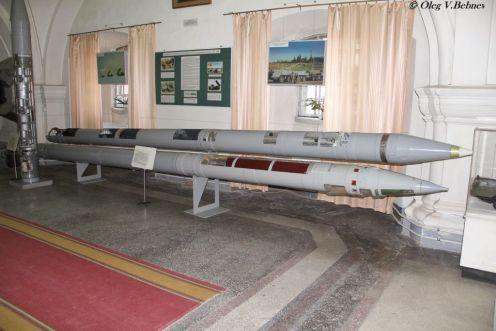 9m55k cohetes BM-30 smech