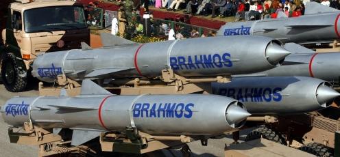indias-supersonic-missile-brahmos