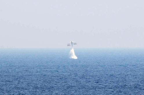 primer-lanzamiento-brahmos-bajo-el-agua-3